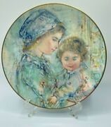 Colette And Child Royal Doulton Works By Edna Hibel Series 1973 Mothers Day Box
