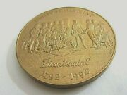 United States Mint-bicentennial 1772-1992 .......medal...............5.9/32