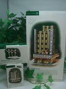 Dept 56 Christmas In The City Radio City Music Hall 58924, Rockettes 58991