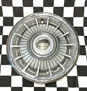 1963 -1964 Oldsmobile 14 Inch F-85 Cutlass And Starfire Hubcap Wheel Cover Gm Oem