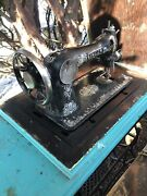 Singer Vintage Antique Sewing Machine In Table With Cabinet Super Nice Rare