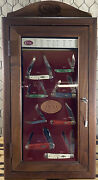 Vintage Wr. Case Store Display Case W/ 8 Case Knifes And Orig Key. Must Have