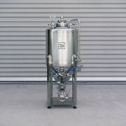 Ss Brewtech Unitank - 1/2 Bbl With Chilling Package Conical Beer
