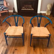Pair Of 1960andrsquos Hans Wegner Ch24 Wishbone Chairs In Original Rare Blue Lacquer