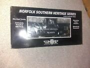 Mth Premier Norfolk Southern Heritage Series Penn Central Caboose 555073 New