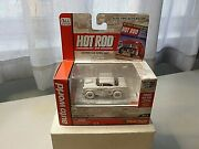 New Aw Hot Rod 1955 Chevy Bel-air In White With Tabasco O/g 1/64 Scale New Rare