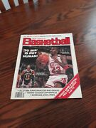 1989-90 Dick Vitale Pro/college Basketball Annual With Michael Jordan On Cover