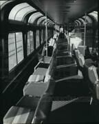 1981 Press Photo Railroad's Interior Of The Amtrack Lounge Car