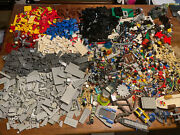 11.2 Lbs Lego System Bulk Box With Minifigures Star Wars Vehicles Weapons