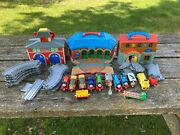 Thomas The Train Station Take Along Learning Curve 2002 Huge Lot With Tracks