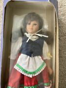 New In Box Dolls Of All Nations 12 Tall 1995 Italy - Gabriella