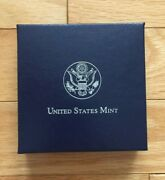 2011 Us Mint Commemorative Medal Of Honor Proof 90 Silver Dollar