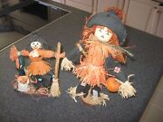2 1970's Vintage 8 And 11 Halloween Scarecrows Straw Hats W/pumpkins Old School