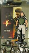 Resident Evil Hot Toys Chris Redfield Bsaa Version 1/6 Scale Figure, Biohazard