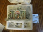 New 2002 Hawthorne Village Love And Trust Bank Precious Moments 79390