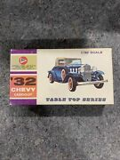 Vintage Pyro Table Top Series 1/32 Scale Andlsquo32 Chevy Cabriolet C291-50