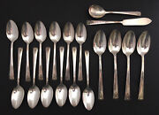 Vintage Wm Rogers Spring Charm/garland 1950 18 Pieces Silverplate, Spoons, Knife