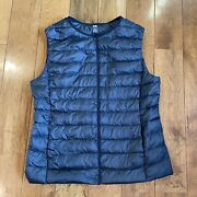 Womenandrsquos Uniqlo Ultra Light Down Filled Puffer Vest Navy Blue Zip Collarless Sz M