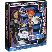 Monster High Exclusive Were Wolf Sisters Clawdeen Wolf And Howleen Wolf