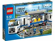 Lego City Mobile Police Unit Control Room Truck With 3 Minifigures   60044