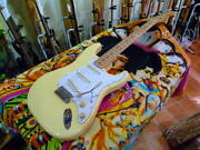 Fender Japan St71 / Ays Ywh Ayouth Inventory Disposal Special Price
