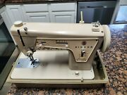 Vintage Singer Sewing Machine Model 237 Fashion Mate In Carrying Case