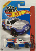 Hot Wheels 105/250 Hw Race Suport 2013 Rescue Duty Great For Track 9/10