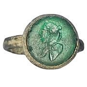 Rare Medieval Ring With Glass Intaglio Bust - Intact - Circa 1300-1600andrsquos Ad