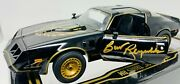 Burt Reynolds Smokey And The Bandit Signed 124 Die-cast Car Beckett Witnessed