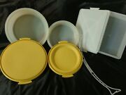 Vintage Tupperware Cake And Pie And Sheet Cake Takers, Lot Of 3 W/ One Handle