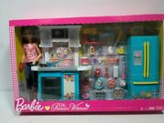 The Pioneer Woman Barbie Doll And Kitchen Set 2018 Mattel Gbg53 New