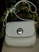 Crossbody Purse - White. Looks Brand New. Auction Find