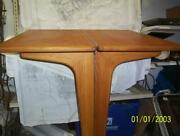 Boatersandrsquo Resale Shop Of Tx 2106 2121.15 Salon Folding Table From Express 37
