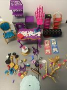 Lot Monster High Doll Castle / Art Class Furniture And Accessories