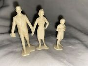 Marx Dollhouse Family Father Mother Sister W/ Baby Doll 1960and039s 3 Dolls