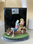 Looney Tunes Goebel Spotlight Collection Isn't She Wovewe Limited Edition