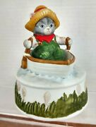 Schmid Vtg Kitty Cucumber In A Row Boat Plays Whistle A Happy Tune Music Box