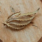 Vintage Sarah Coventry Brooch Pin Gold Colour Mcm Cutout Leaf Retro Jewellery