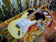 Fender Japan St71/ays Ywh A-use Inventory Disposal