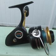 Used Vintage Penn Usa 712z Spinning Reel - Working But Rough