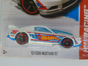 2013 Hot Wheels - And03913 Ford Mustang Gt - 1/64