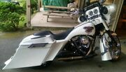 Right Cutout Harley Stretched Saddlebags Overlay Fender Lids Down And Out 6 09-13
