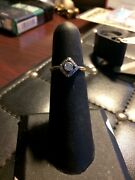 Art Deco 18k Ring Clear Diamonds Great Looking Ring Needs Cleaning Perfect.