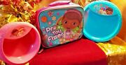 Disney Doc Mcstuffins Insulated Lunch Kit With 16 Bowls And 13 Plates