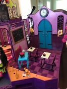 Monster High Dolls School House With Create-a-monster Dolls