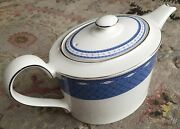 Vintage Wedgwood English Fine Bone China Teapot In Perfect Condition