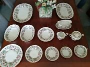 Royal York China Red Raspberry Dinner Plates 1950and039s Rare - Set Of 12 - Germany