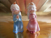 Vtg Japan Kissing Baby Girl And Boy Angels S And P Shaker W/ Orig Stickers Figurine