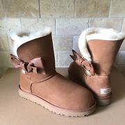 Ugg Daelynn Chestnut Leather Bailey Bow Suede Classic Short Boots Size 7 Women