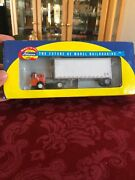 Athearn - 2002 Ho R-t-r Owner/operator Fordc And 28' Wedge Trailer